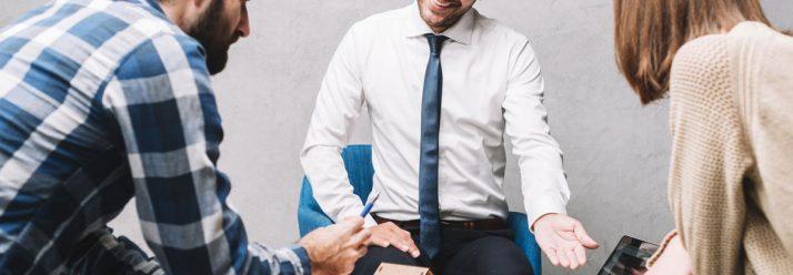 Guía para iniciarte como asesor de seguros