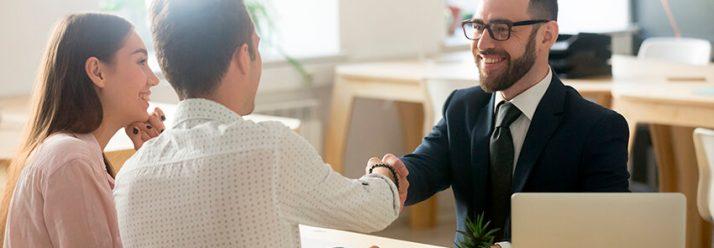 Conviértete en asesor empresario de seguros y sé parte del crecimiento de la industria de seguros